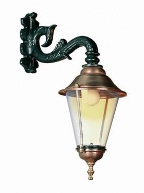 Utelampa Hoorn Hang i klassisk stil. Handtillverkad högkvalitativ utelampa, höjd 55 cm.