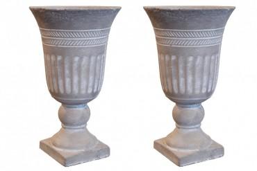 Pokalvas Bodås i dekorativ grå betong. Storlek : 16,5cm x 28 cm