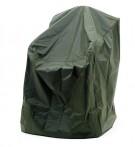 Möbelskydd för stapelbara stolar i grön PVC-behandlad plast. Praktiskt regnskydd för utemöbler! Mått: 65x65 cm.