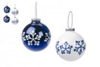 Julgranskulor i blått och vitt. Klara och matta julkulor i blå och vit med snöflingor, 65 mm. 6-pack