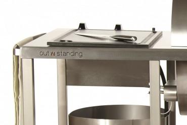 Outstanding utekök Superior Gasolgrill, exklusivt utomhuskök i rostfritt stål med gasolgrill. Extra stor grillyta med måtten 100x45 cm.