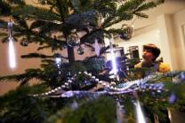 Snowfall Mini LED-stavar, enkelsidiga 13,5 cm, 18 LED/stav. Skapa en känsla av snöfall inne! 5-pack