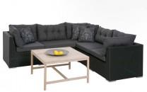 Konstrottingsoffa Lya Lounge, hörnsoffa i svart konstrotting. Svarta dynor ingår! Mått: 240x240 cm.
