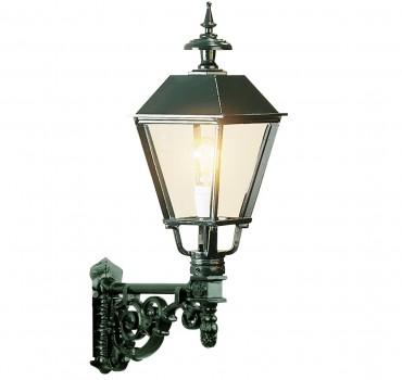 Väggfast utelampa i aluminium i klassisk stil. Exklusiva handtillverkade utelampor online!