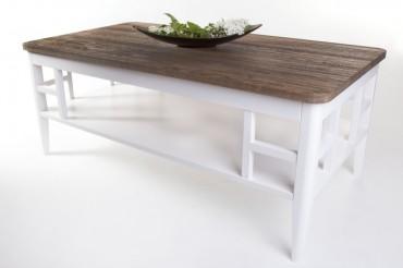 Soffbord Alaska i rustik massiv oljad ek och vitt trä. Fyrkantigt vardagsrumsbord i shabby chic. Storlek: 130x70 cm.