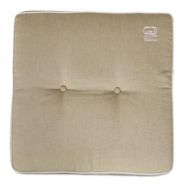 Sittdyna Runmarö, klassisk fyrkantig sittdyna i beige. Mått: 50x50 cm.