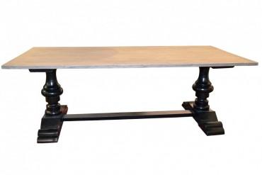 Matbord Ebba Svart. Romantiskt köksbord med grå teakskiva på svarta mahognyben med plats för 8-10 stolar. Storlek: 220 cm.
